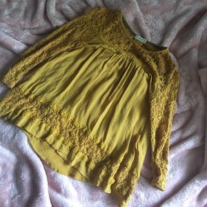 Lacey Mustard Colored Top